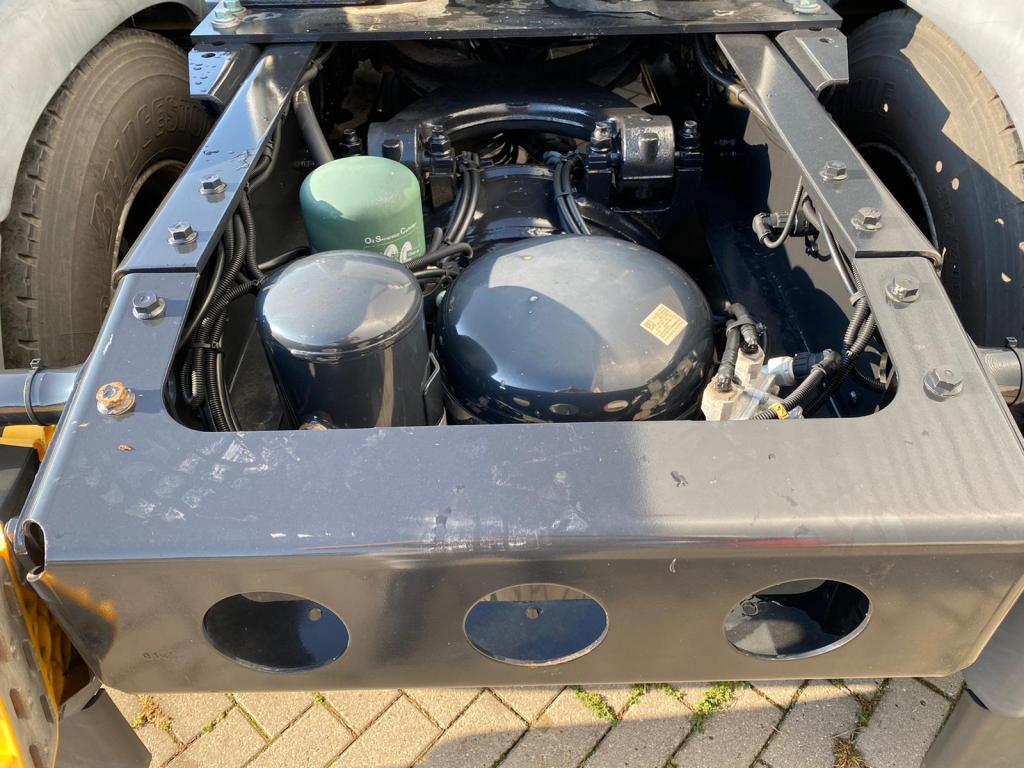 MAN TGX 18.480 XLX / Intarder / Euro 6 / Frigo / 2 Tanks