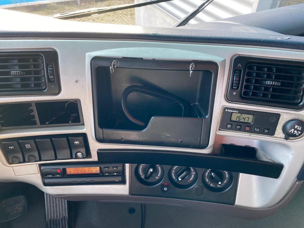 Renault Magnum 440 DXI / Manual / Euro 3 / 2 Beds