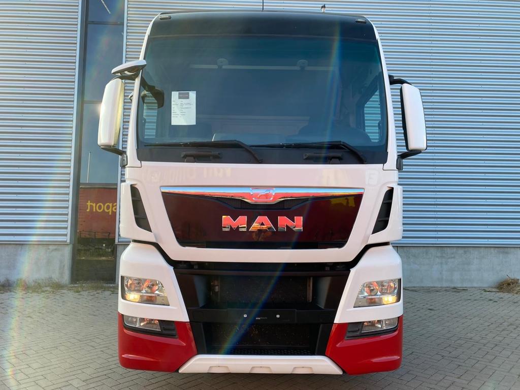 MAN TGX 18.480 XXL / Intarder / Euro 6 / Frigo / 2 Beds