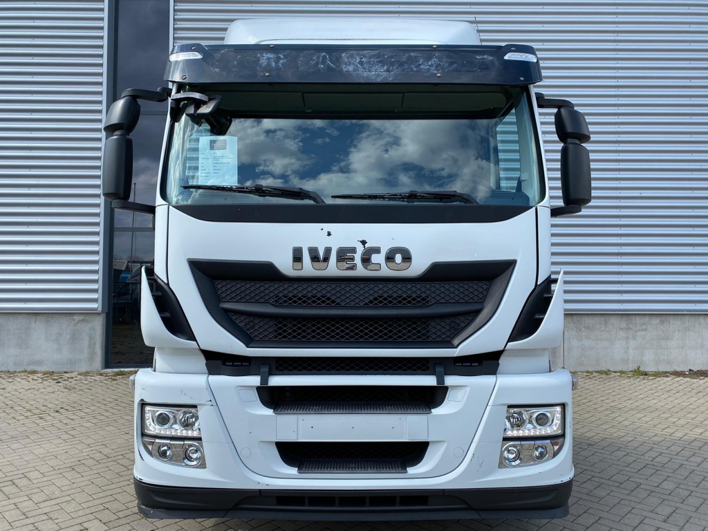 Iveco Stralis AT330 / LNG+CNG / Euro 6 / Manual / Retarder
