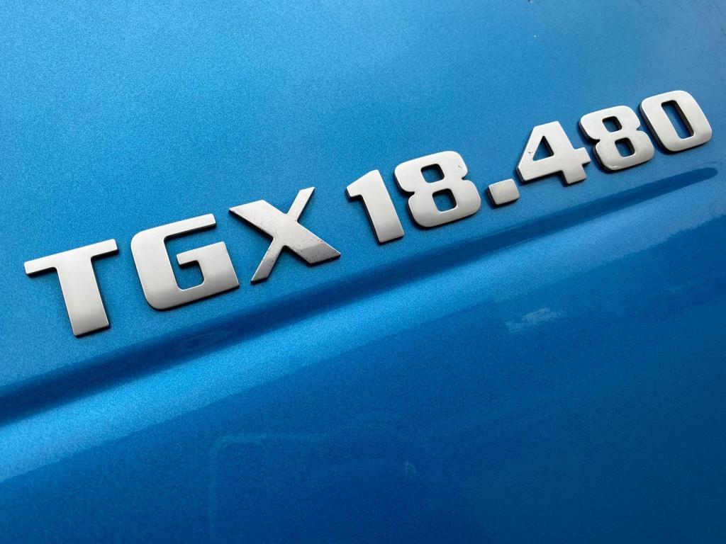 MAN TGX 18.480 XLX BLS / Intarder / Euro 5 / 2 Tanks