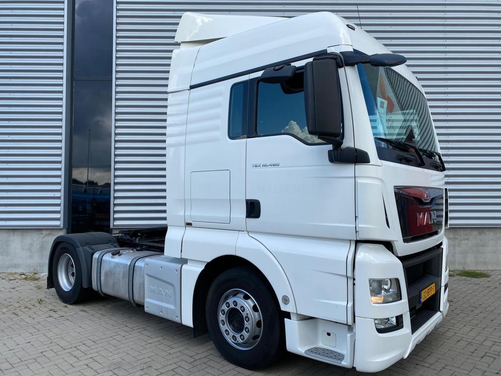 MAN TGX 18.480 XLX BLS / Intarder / Euro 6 / Frigo / 2 Tanks / NL Truck