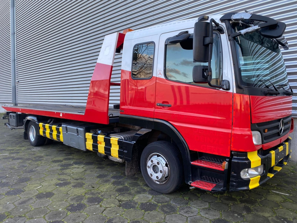 Mercedes-Benz ATEGO 924 / Falkom / Brille / Plateau / Winch / Euro 5 / Belgium Truck