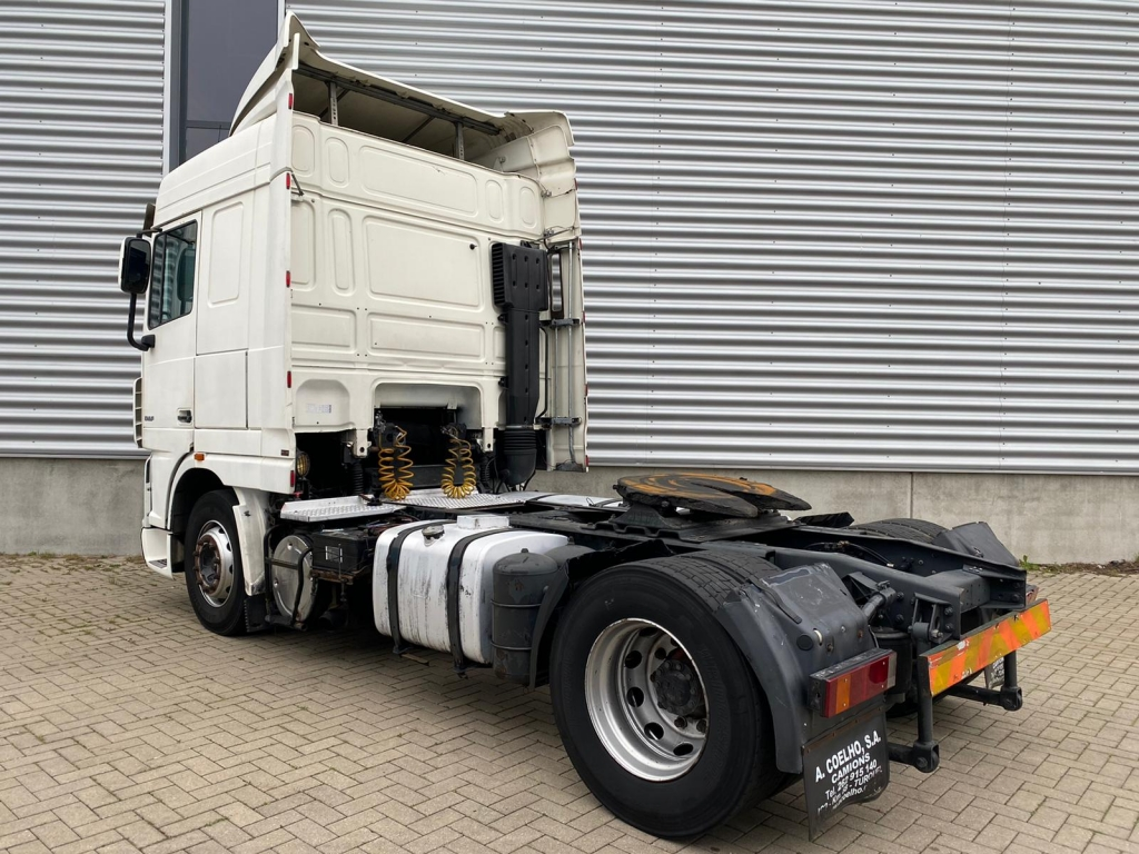 DAF XF 105.460 SC / Manual / Retarder / Euro5 / 2 Tanks